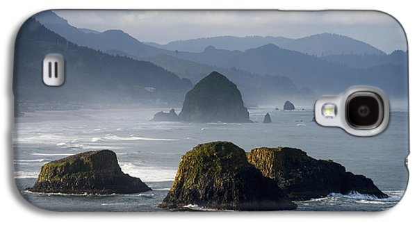 Spectacular Coastal Scenery Is Found Galaxy S4 Case by Robert L. Potts