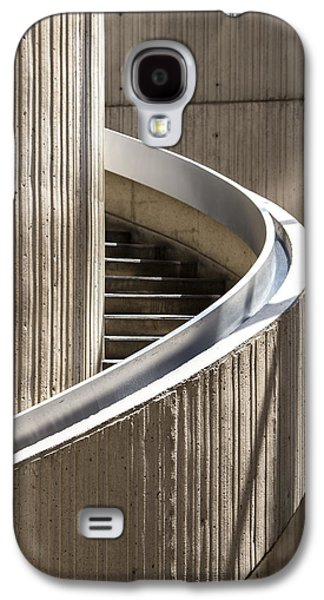 Big 3 Galaxy S4 Cases - Spiral Staircase in Renaissance Center in Detroit  Galaxy S4 Case by John McGraw