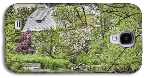 Spring Arrives At The Rose Farm Galaxy S4 Case by Thomas Young