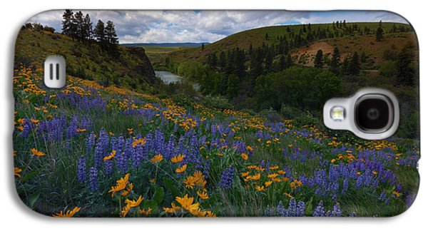 Yakima Valley Galaxy S4 Cases - Spring on the Yakima Galaxy S4 Case by Mike  Dawson