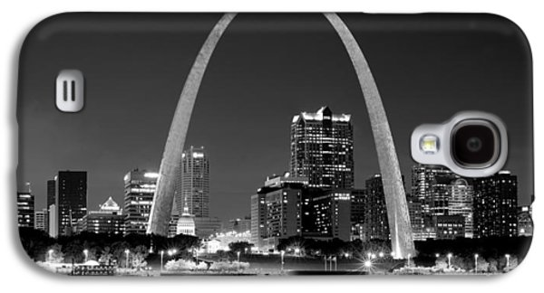 Evening Scenes Photographs Galaxy S4 Cases - St. Louis Skyline at Night Gateway Arch Black and White BW Panorama Missouri Galaxy S4 Case by Jon Holiday