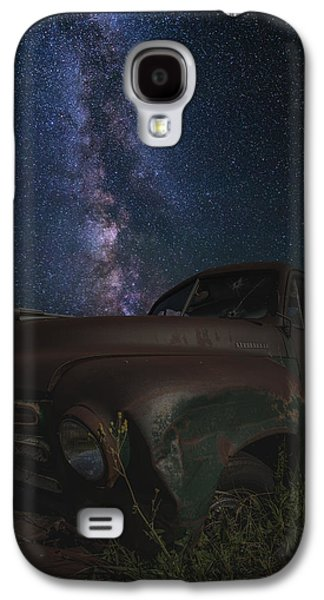 Old Trucks Photographs Galaxy S4 Cases - Stardust and Rust  Studebaker Galaxy S4 Case by Aaron J Groen
