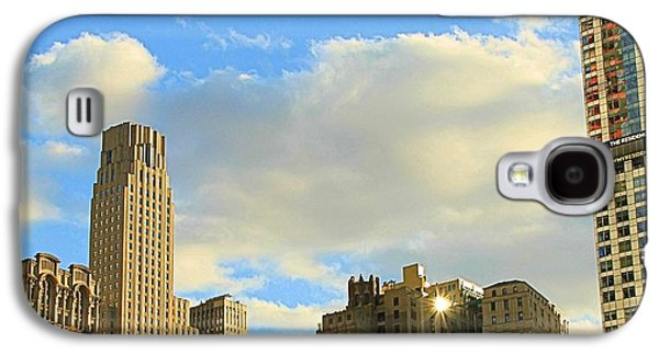 Twin Towers Nyc Galaxy S4 Cases - Manhattan Skyline Here Comes The Sun Galaxy S4 Case by Dan Sproul