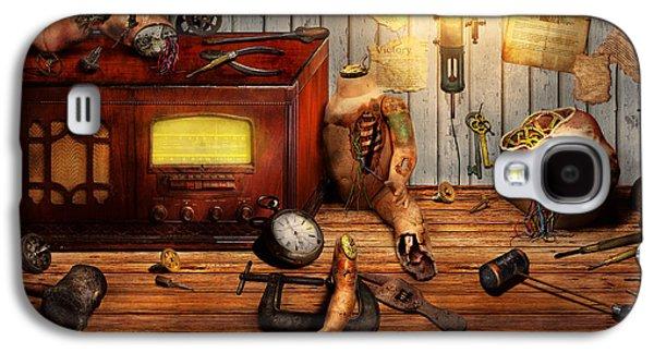 Macabre Digital Galaxy S4 Cases - Steampunk - Repairing a friendship Galaxy S4 Case by Mike Savad