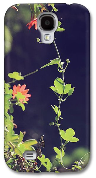 Vine Leaves Galaxy S4 Cases - Still Holding On Galaxy S4 Case by Laurie Search