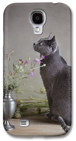 Concept Photographs Galaxy S4 Cases - Still Life with Cat Galaxy S4 Case by Nailia Schwarz