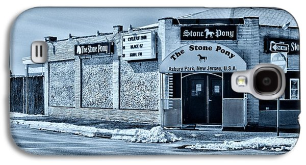 Bruce Springsteen Photographs Galaxy S4 Cases - Stone Pony Cool Galaxy S4 Case by Paul Ward