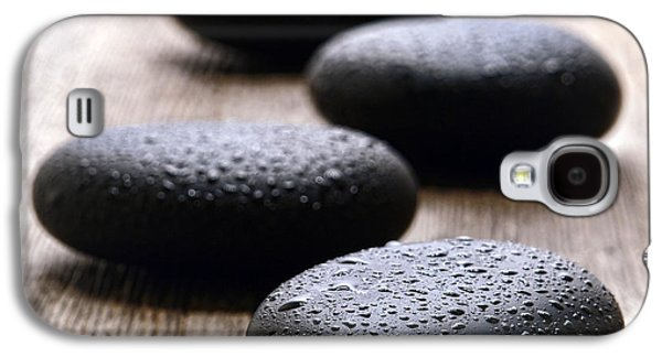 Meditative Photographs Galaxy S4 Cases - Stones on Wood Galaxy S4 Case by Olivier Le Queinec