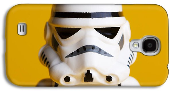 Character Portraits Photographs Galaxy S4 Cases - Stormtrooper Portrait Galaxy S4 Case by Samuel Whitton
