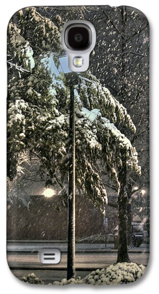 Snowy Night Night Galaxy S4 Cases - Street Lamp in the Snow Galaxy S4 Case by Benanne Stiens