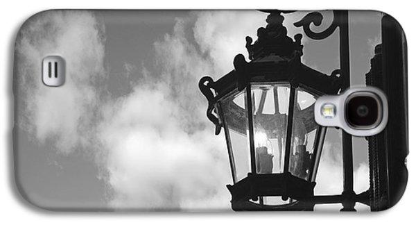 Business Galaxy S4 Cases - Street lamp Galaxy S4 Case by Tony Cordoza