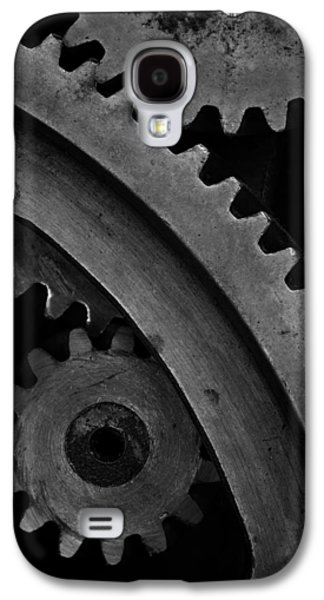 Mechanism Galaxy S4 Cases - Gears in B/W 2 Galaxy S4 Case by Terry Leasa