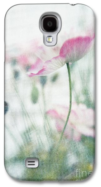 Series Photographs Galaxy S4 Cases - suffused with light III Galaxy S4 Case by Priska Wettstein