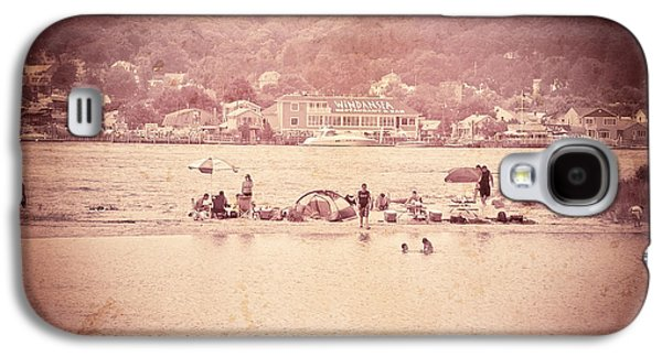 Original Art Photographs Galaxy S4 Cases - Summertime  Galaxy S4 Case by Colleen Kammerer