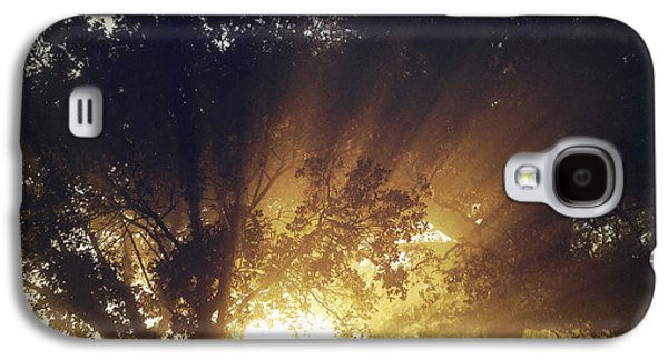 Beautiful Scenery Galaxy S4 Cases - Sun rays Galaxy S4 Case by Les Cunliffe