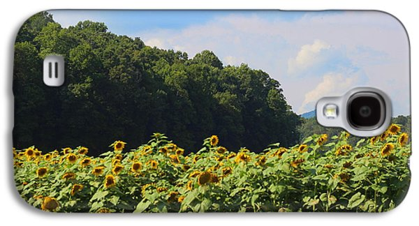 Sunflower Patch Galaxy S4 Cases - Sunflowers And Mountain View Galaxy S4 Case by Cathy Lindsey