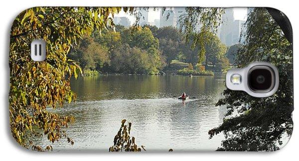 Manhatan Galaxy S4 Cases - Sunny outumn in Central Park Galaxy S4 Case by Virna  Santolia