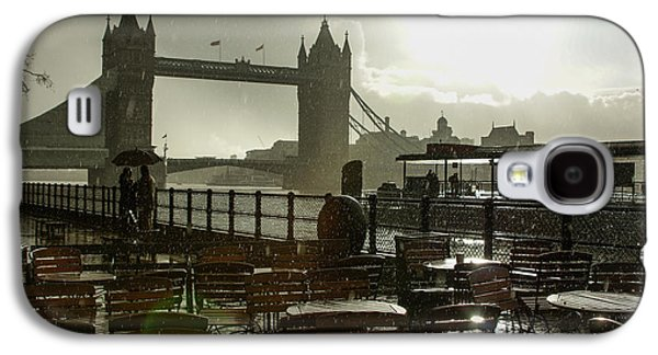Landmarks Photographs Galaxy S4 Cases - Sunny Rainstorm in London - England Galaxy S4 Case by Georgia Mizuleva