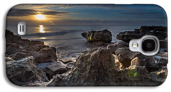 Color Photographs Galaxy S4 Cases - Sunrise at Coral Cove Park in Jupiter Galaxy S4 Case by Andres Leon