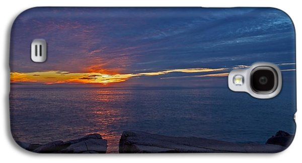 Sun Galaxy S4 Cases - Sunrise at Otter Cliffs Galaxy S4 Case by Stuart Litoff