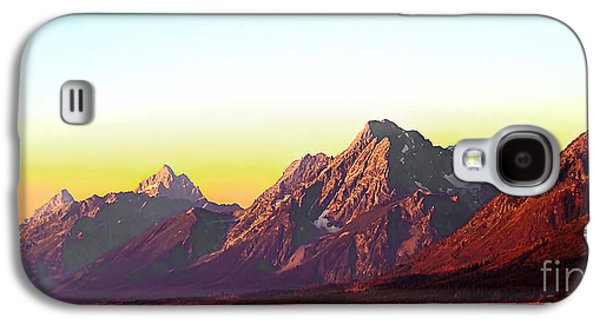 Outlook Photographs Galaxy S4 Cases - Sunrise on Jackson Lake Galaxy S4 Case by Robert Bales