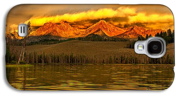 Haybale Galaxy S4 Cases - Sunrise On Little Redfish Lake Galaxy S4 Case by Robert Bales