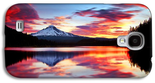 Calm Photographs Galaxy S4 Cases - Sunrise on the Lake Galaxy S4 Case by Darren  White