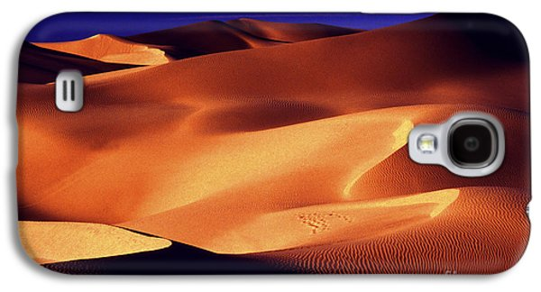 Sand Patterns Galaxy S4 Cases - Sunrise shadows Galaxy S4 Case by Paul W Faust -  Impressions of Light