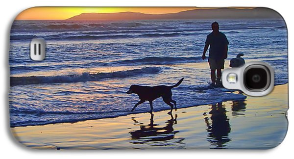 Pch Galaxy S4 Cases - Sunset Beach Stroll - Man and Dogs Galaxy S4 Case by Nikolyn McDonald