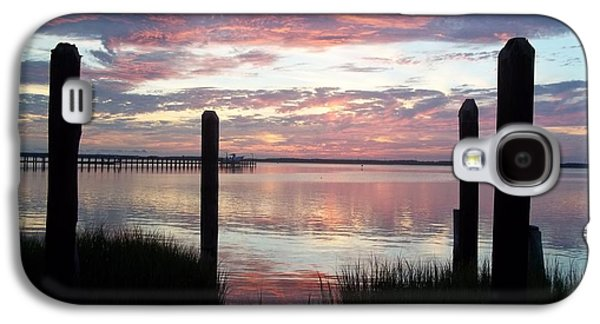 Island Stays Galaxy S4 Cases - Sunset In Chincoteague Virginia Galaxy S4 Case by Lora Simmons