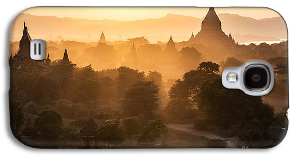 Historical Images Galaxy S4 Cases - Sunset over Bagan - Myanmar Galaxy S4 Case by Matteo Colombo