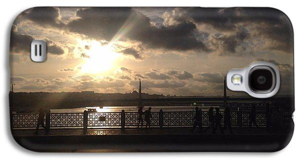 Reflection Of Sun In Clouds Galaxy S4 Cases - Sunset Over Istanbul Turkey Galaxy S4 Case by John Telfer