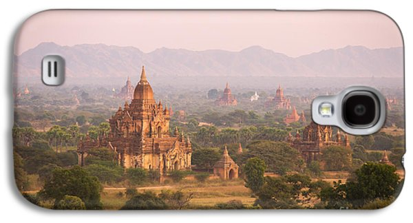Historical Images Galaxy S4 Cases - Sunset over temples of Bagan - Myanmar Galaxy S4 Case by Matteo Colombo