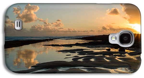 Gloaming Galaxy S4 Cases - Sunset Over The Ocean III Galaxy S4 Case by Marco Oliveira