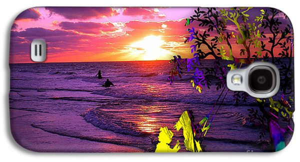 Sunset Over The Water While Children Play Galaxy S4 Case by Marvin Blaine