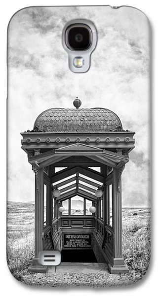 Ranch Photographs Galaxy S4 Cases - Subway Surreal Galaxy S4 Case by Edward Fielding