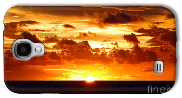 Sun Galaxy S4 Cases - Tahitian Sunset Galaxy S4 Case by Sue Melvin