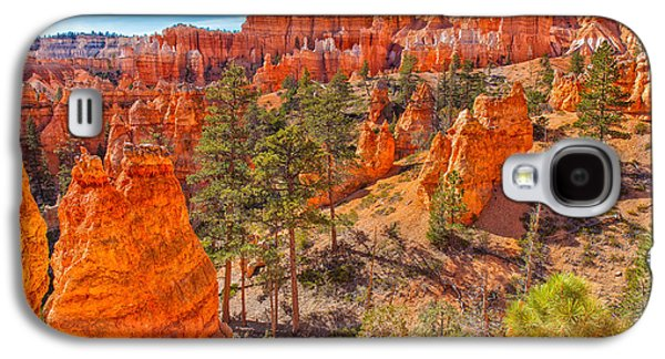 Landscapes Photographs Galaxy S4 Cases - Tantalizing Bryce Galaxy S4 Case by John Bailey