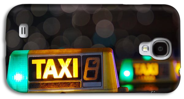 Auto Photographs Galaxy S4 Cases - Taxi signs Galaxy S4 Case by Carlos Caetano