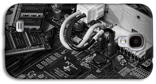 Component Photographs Galaxy S4 Cases - Technology - Motherboard in black and white Galaxy S4 Case by Paul Ward