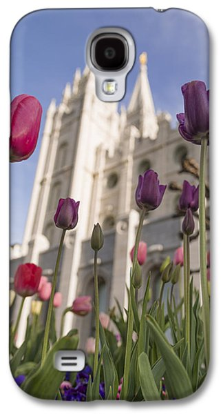 Statue Portrait Galaxy S4 Cases - Temple Tulips Galaxy S4 Case by Chad Dutson