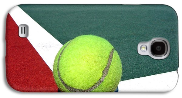 Tennis Photographs Galaxy S4 Cases - Tennis Ball on Court Galaxy S4 Case by Olivier Le Queinec