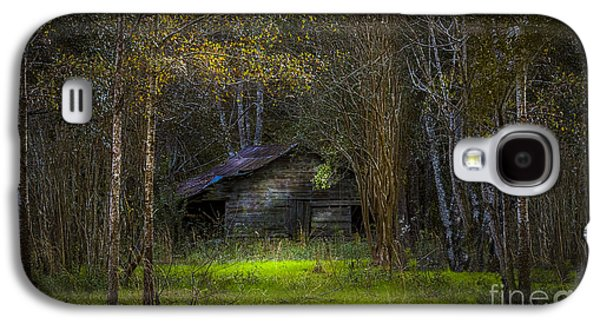 Old Fence Posts Galaxy S4 Cases - That Old Barn Galaxy S4 Case by Marvin Spates