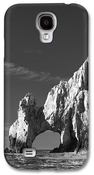 Travel Galaxy S4 Cases - The Arch in Black and White Galaxy S4 Case by Sebastian Musial