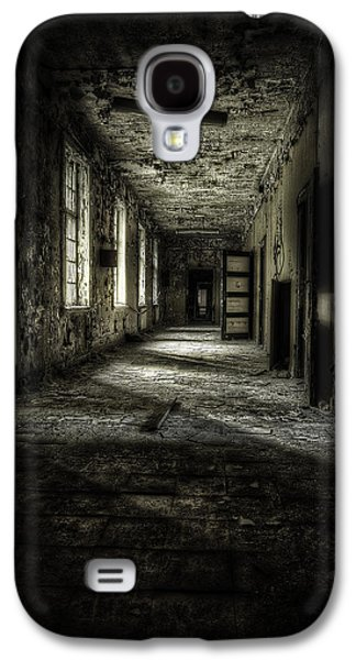 Creepy Galaxy S4 Cases - The Asylum Project - Corridor of Terror Galaxy S4 Case by Erik Brede