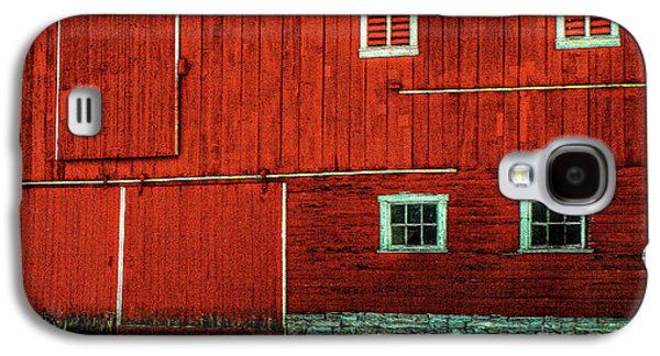 The Broad Side Of A Barn Galaxy S4 Case by Lois Bryan