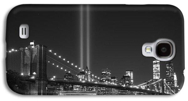 Manhatan Galaxy S4 Cases - The Brooklyn Bridge BnW Galaxy S4 Case by Michael Ver Sprill