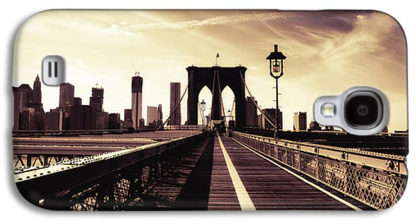 The Brooklyn Bridge - New York City Galaxy S4 Case by Vivienne Gucwa