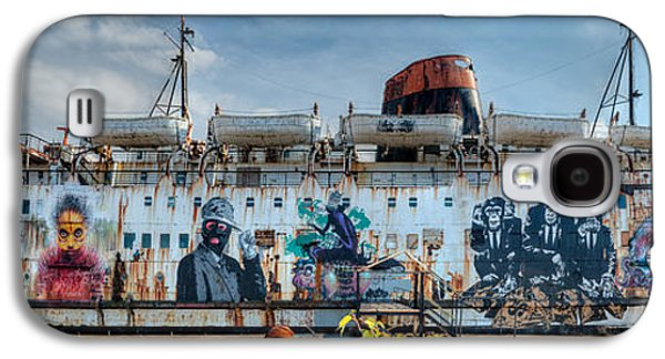 Rail Digital Art Galaxy S4 Cases - The Duke of Graffiti Galaxy S4 Case by Adrian Evans