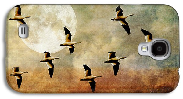 Water Fowl Galaxy S4 Cases - The Flight Of The Snow Geese Galaxy S4 Case by Lois Bryan